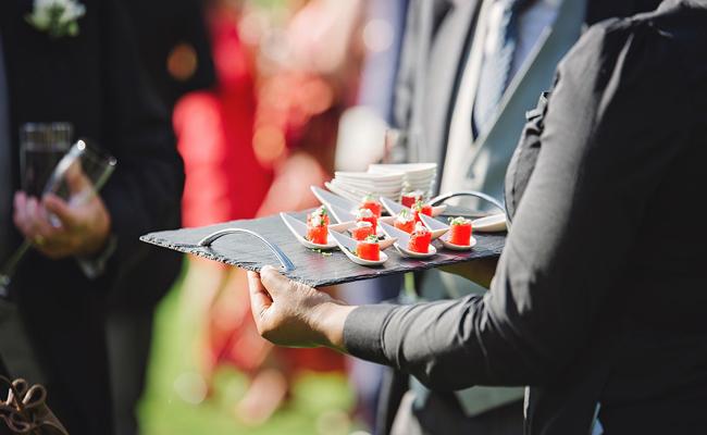Fidéliser ses clients en organiser une soirée évènementielle : le bon plan !